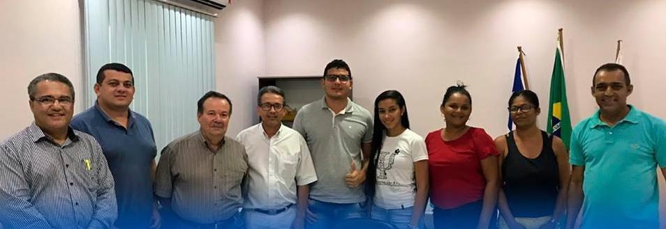 Reunião com os representantes na Prefeitura de Malhada / Foto: Ascom/Divulgação