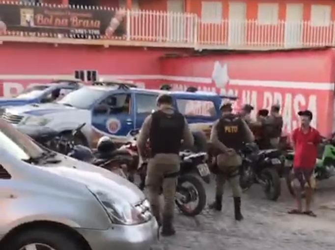 Sao Felix do Coribe comerciante é detida pela PM