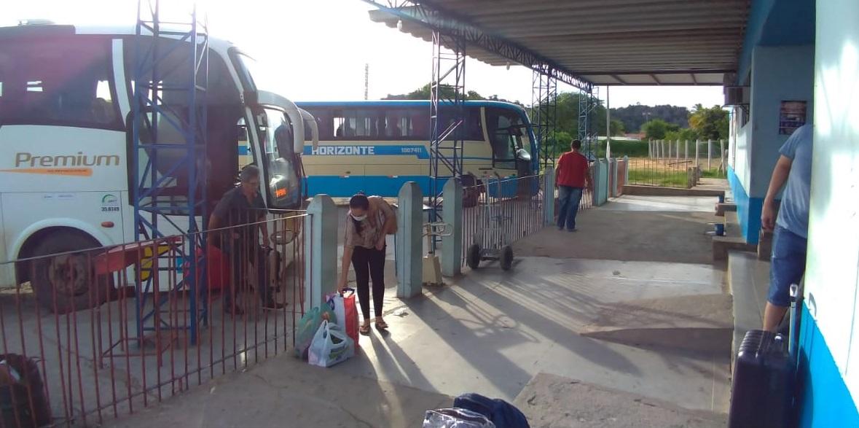 Bom Jesus da Lapa/BA: Trasporte de passageiros intermunicipal e interestadual poderá voltar a funcionar nesta segunda  (17)